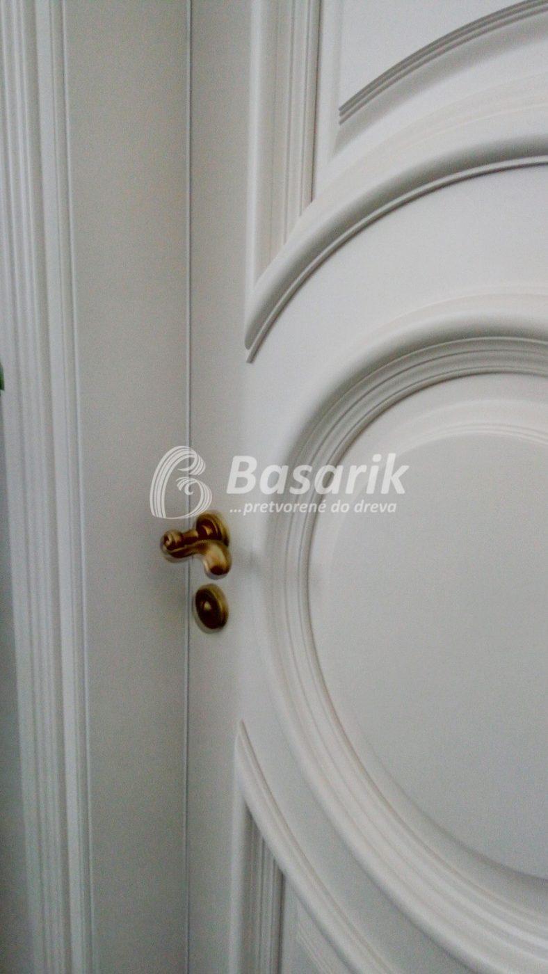 biele dvere historické