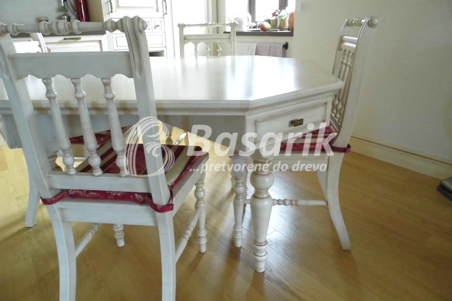 vintage stôl, stoličky