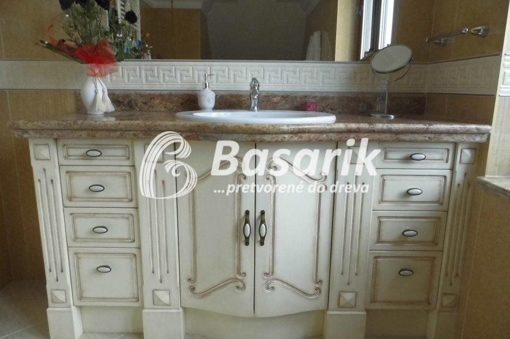 Provensálsky nábytok do kúpelne